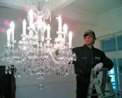 Chandeliers cleaning